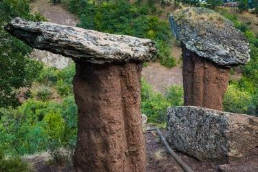 Феноменальные геологические образования долины Сатеры