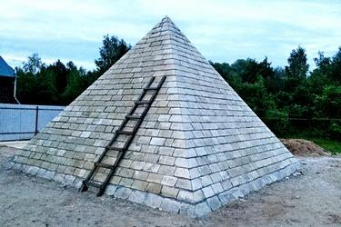 Поле, которое фокусируют пирамиды, ещё не исследовано